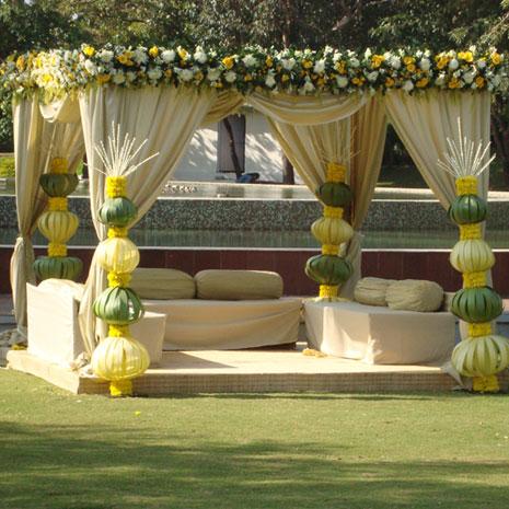 Riddhima Kapoor & Bharat Sahni's wedding. Grand ITC, Mumbai